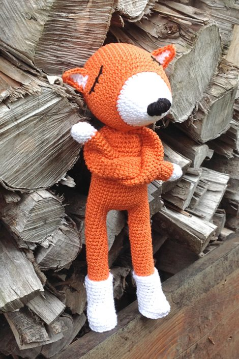 Rudy Refuse - crocheted by Stephanie.Stoehr after a pattern by Polaripop