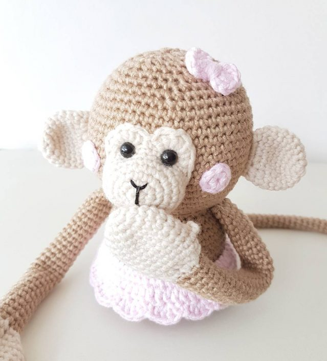 MONKEY MADNESS: Bella Blob - crocheted by plume_la_lune after a pattern by POLARIPOP