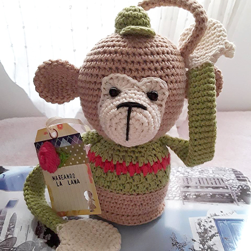 "Monkey Madness - Bo Blob - crocheted by ""maruchi amigurumi"" after a pattern by POLARIPOP"
